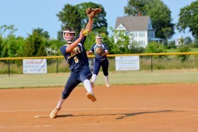 Kent softball piles up 15 runs in season-finale victory