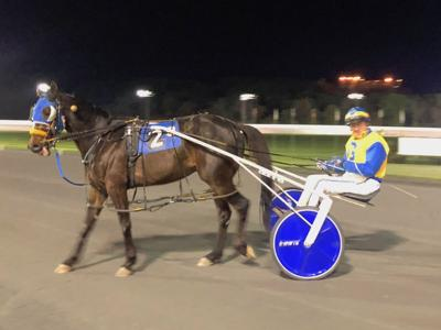 Brooks' pacers win back-to-back at Rosecroft