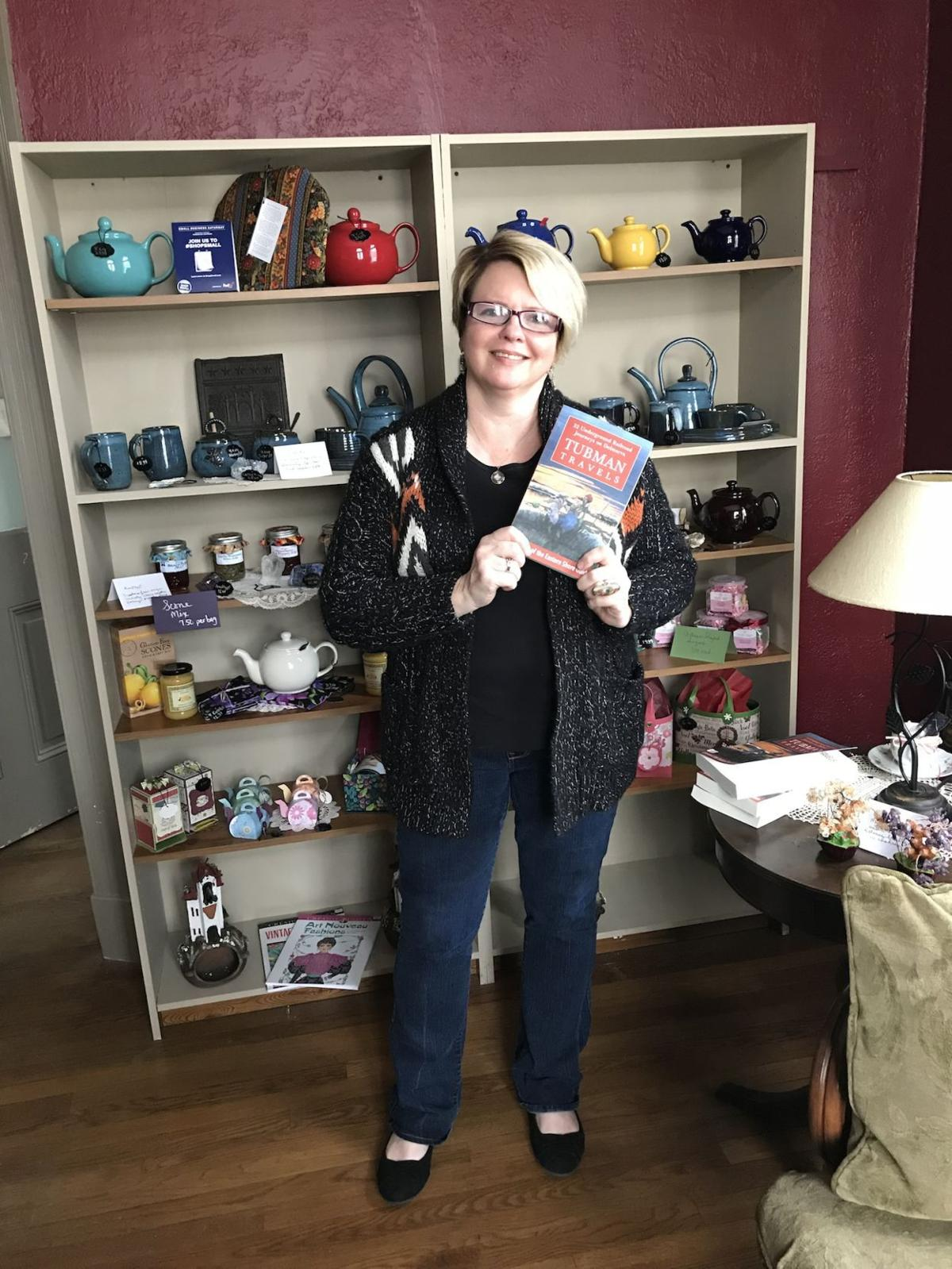 Tea Tyme hosts book signing