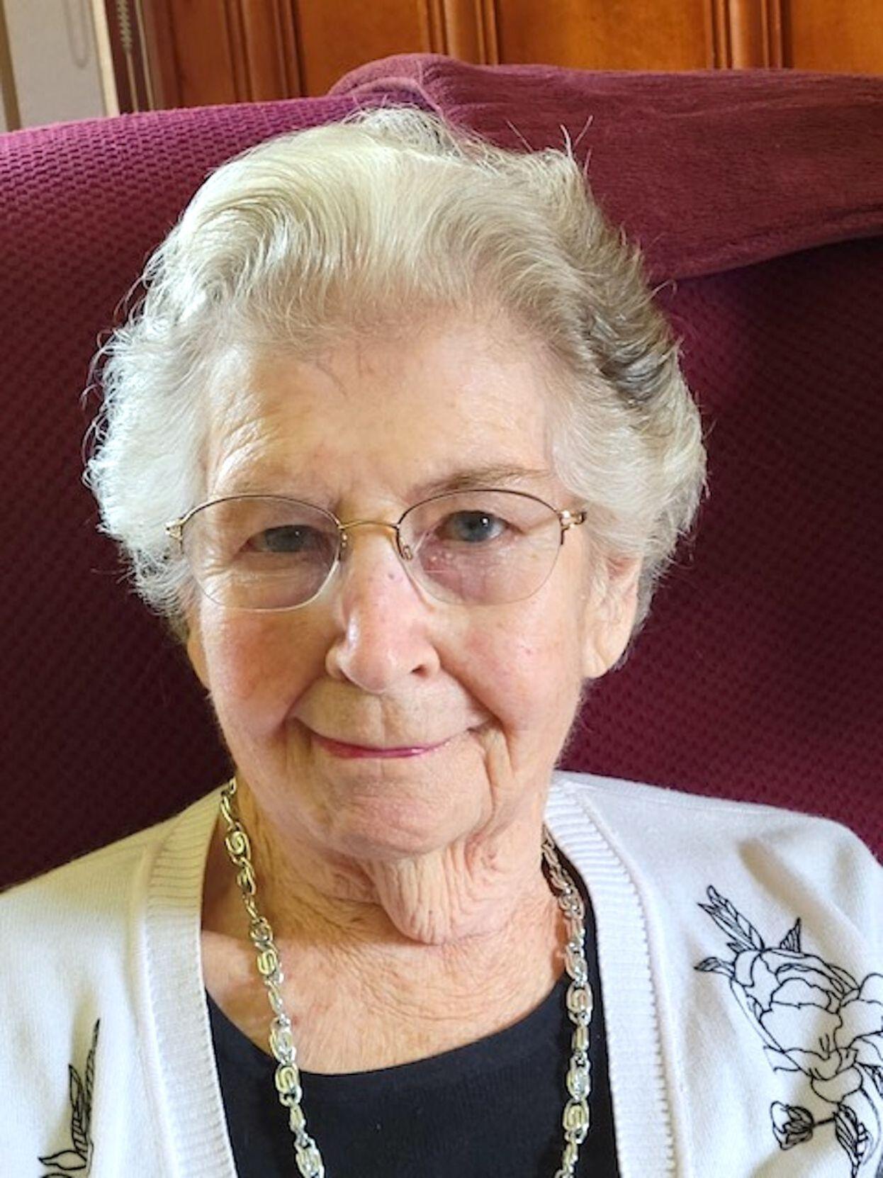 Ava Honeycutt celebrates 90th birthday