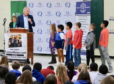 Comptroller speaks to elementary students about financial literacy