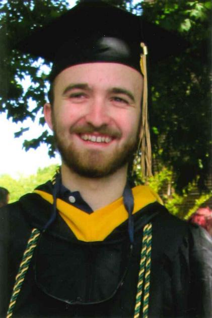 Hoxter earns bachelor's degree - My Eastern Shore