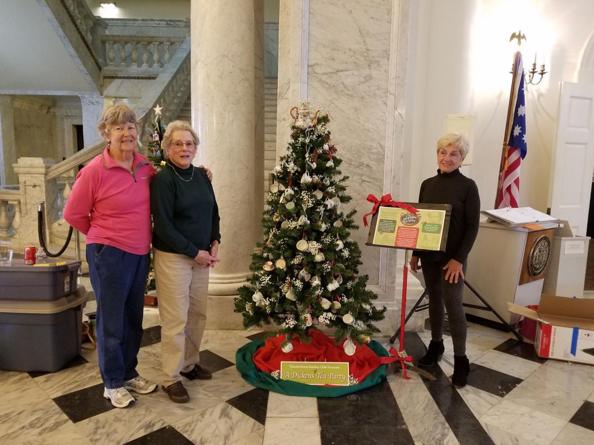 Garden Clubs in Maryland decorate state house | Spotlight ...