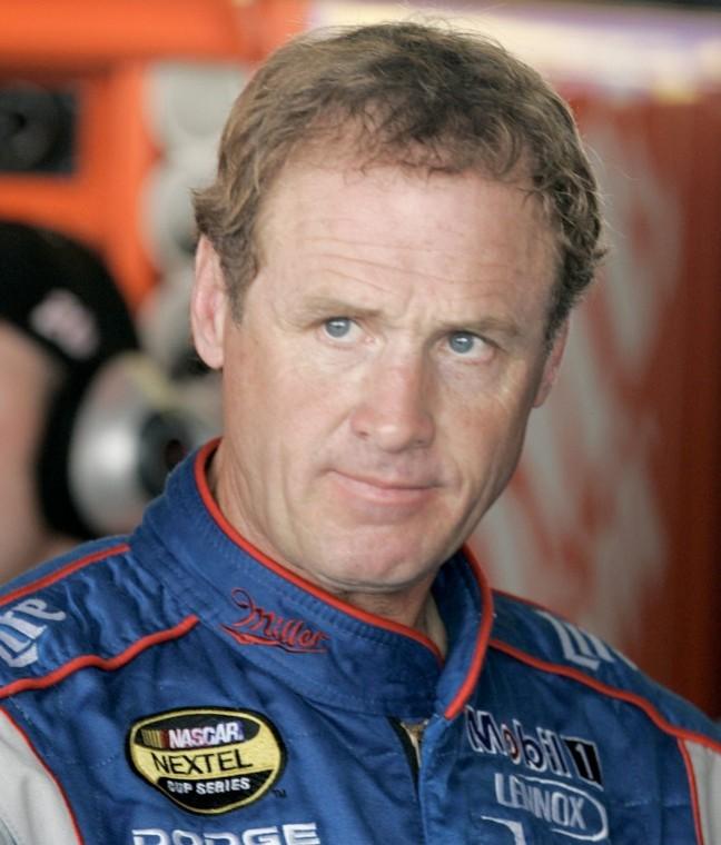 1989 NASCAR Champion Wallace Previews Dover