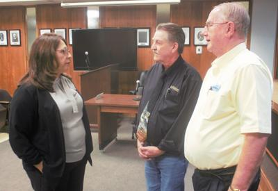 Douglas City Council appoints Urquijo city manager