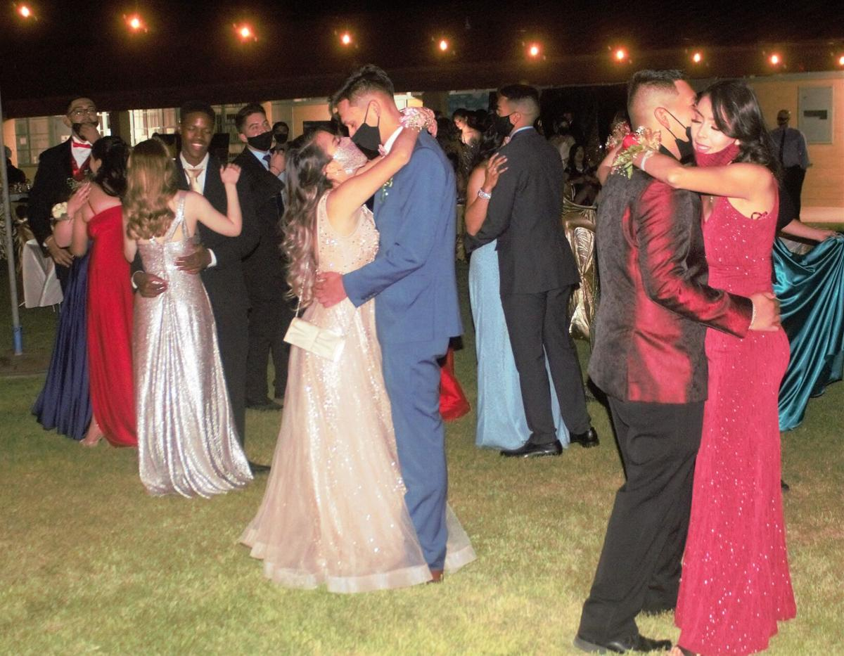 Douglas High School holds outdoor prom