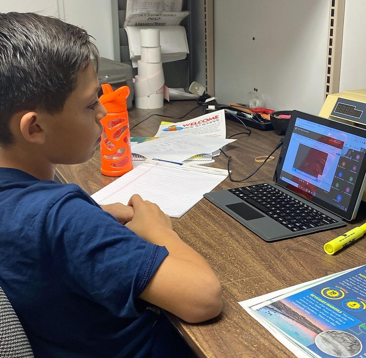 DUSD begins online classes
