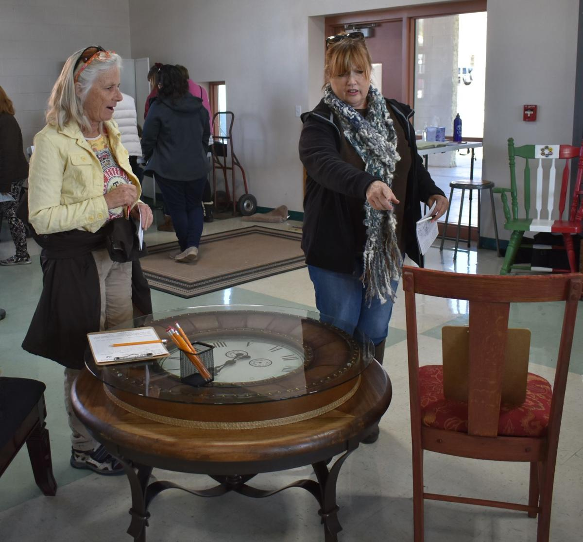 Sunshine brings bright day success for annual home tour