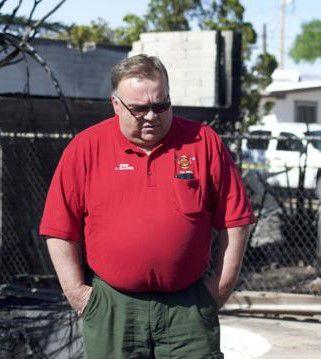 Ex-fire chief's plea deal requires prison time