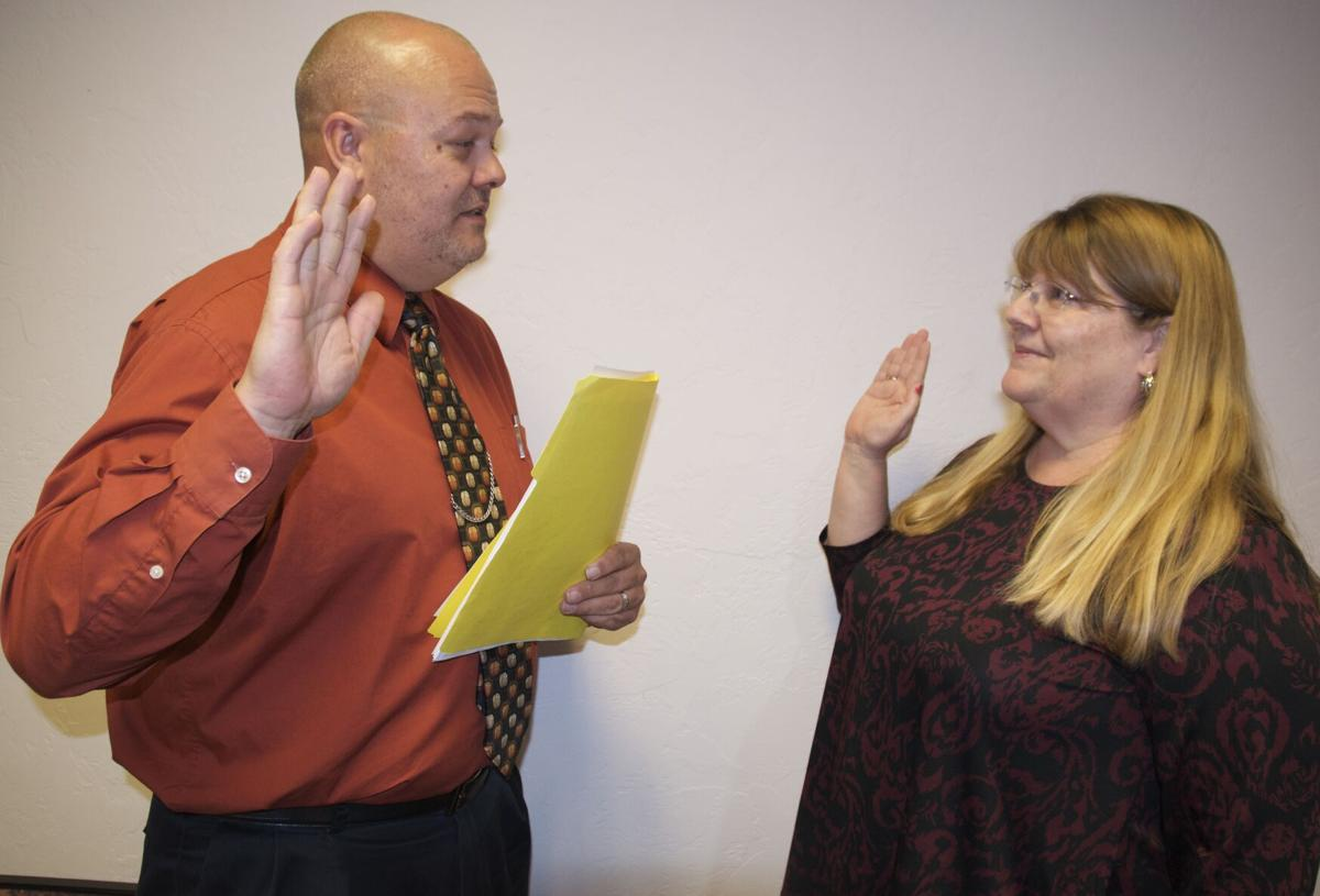 Suzanne Harvey swearing-in