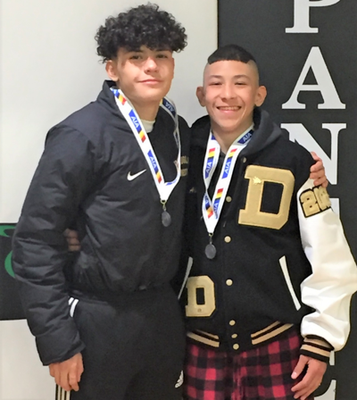 DHS wrestlers Ambriz, Zuniga qualify for state