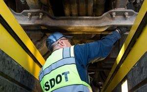 ADOT trains Mexican truckers to pass inspections