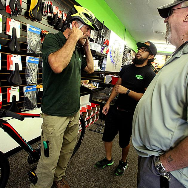 Motorcycle club helps local veteran | Local News Stories