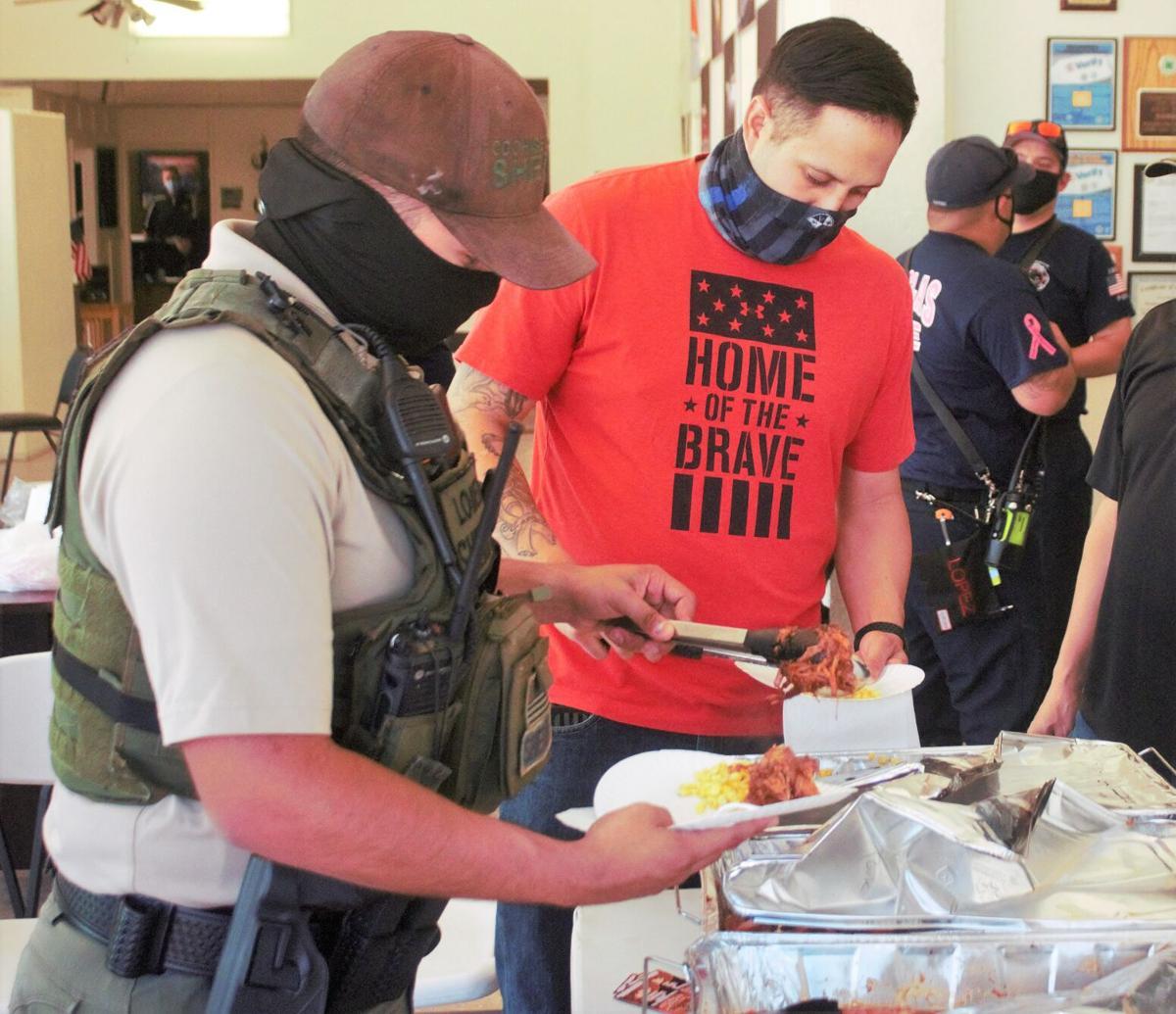 Texas Roadhouse treats Douglas' first responders