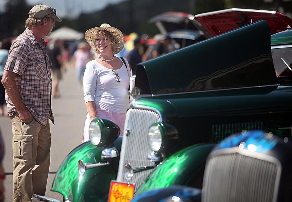Annual Cars And Bikes Show For A Good Cause Local News Stories - Bisbee car show