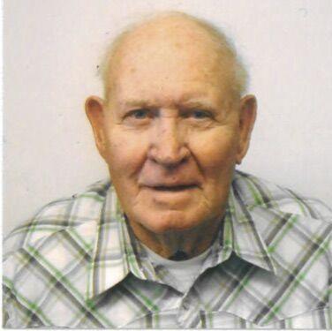 Vaden Hallford, 89