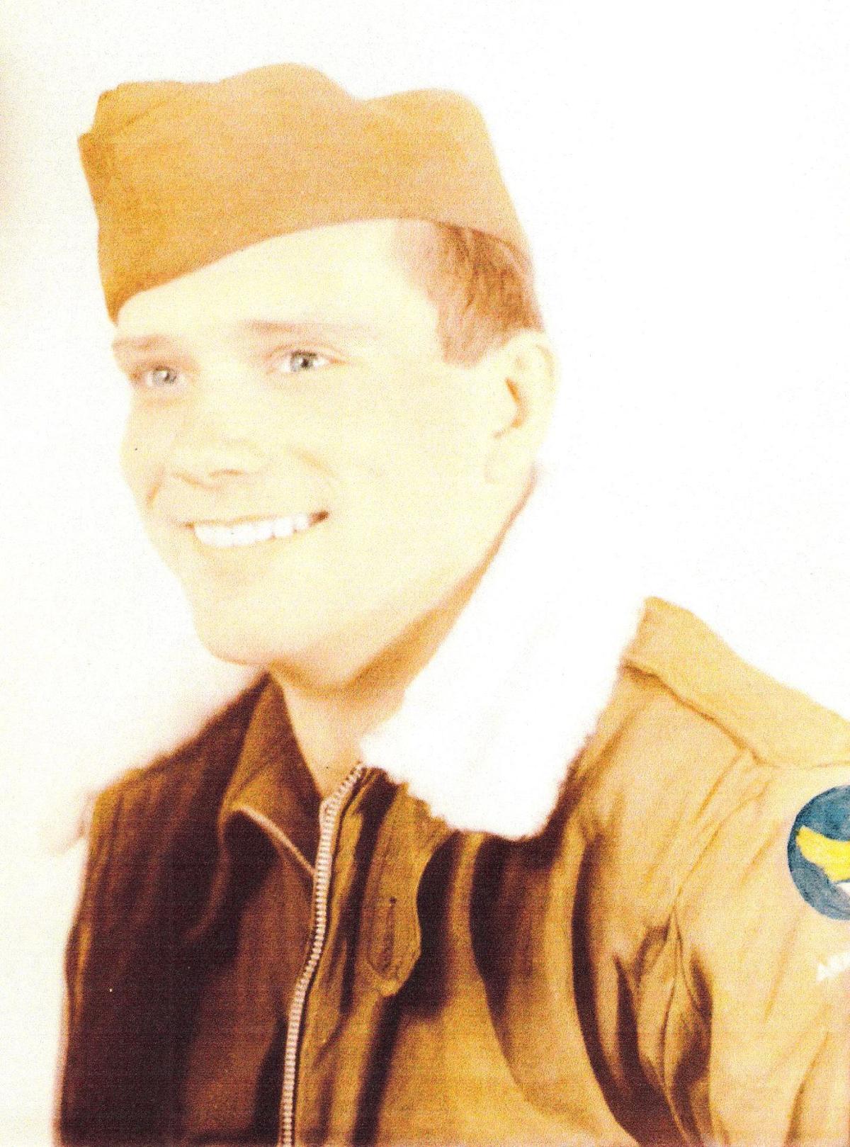 Lynn Ostrander in WWII uniform 001.jpg