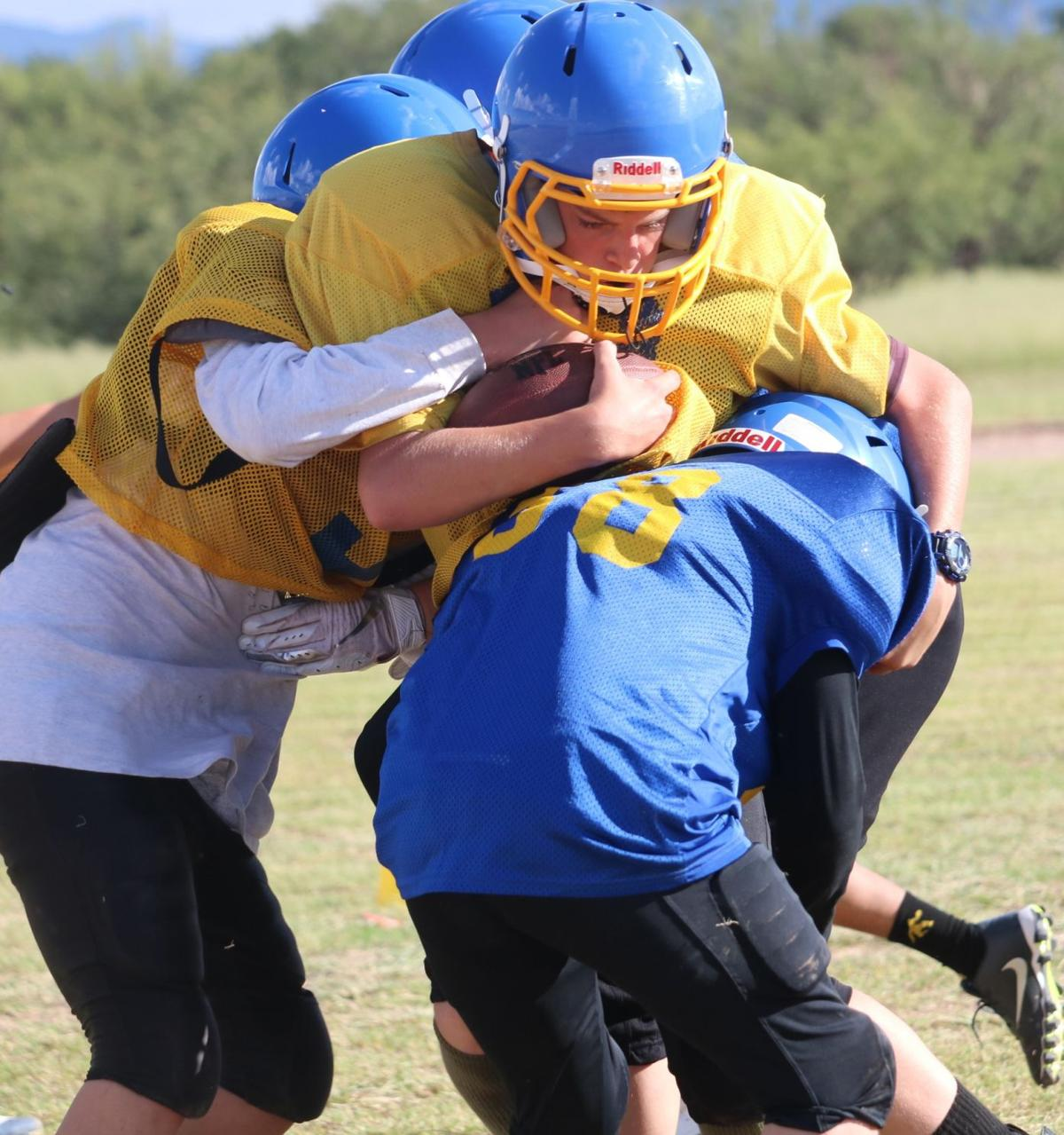 Huachuca City School Football 2