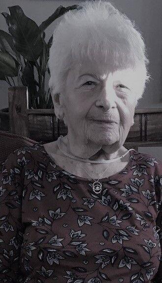 Donna Vidlak, 91