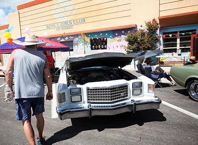 Cars & Bikes on Arizona Street show (copy)
