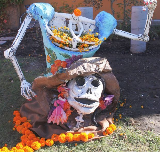 Losing his head on the Day of the Dead