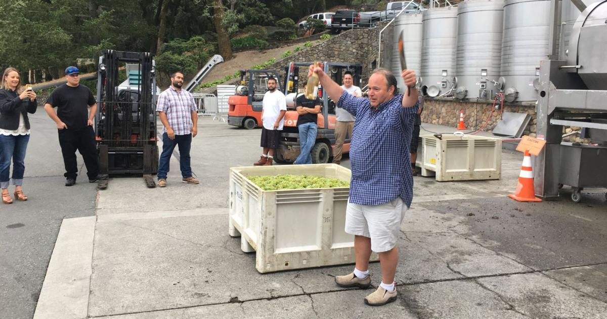 King Paulie Steinhauer blessing of the grapes, August 2017