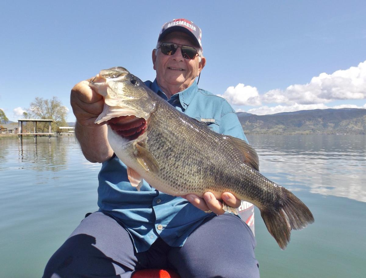 The fishing report warmer water means hotter bass bite at for Clear lake fishing report