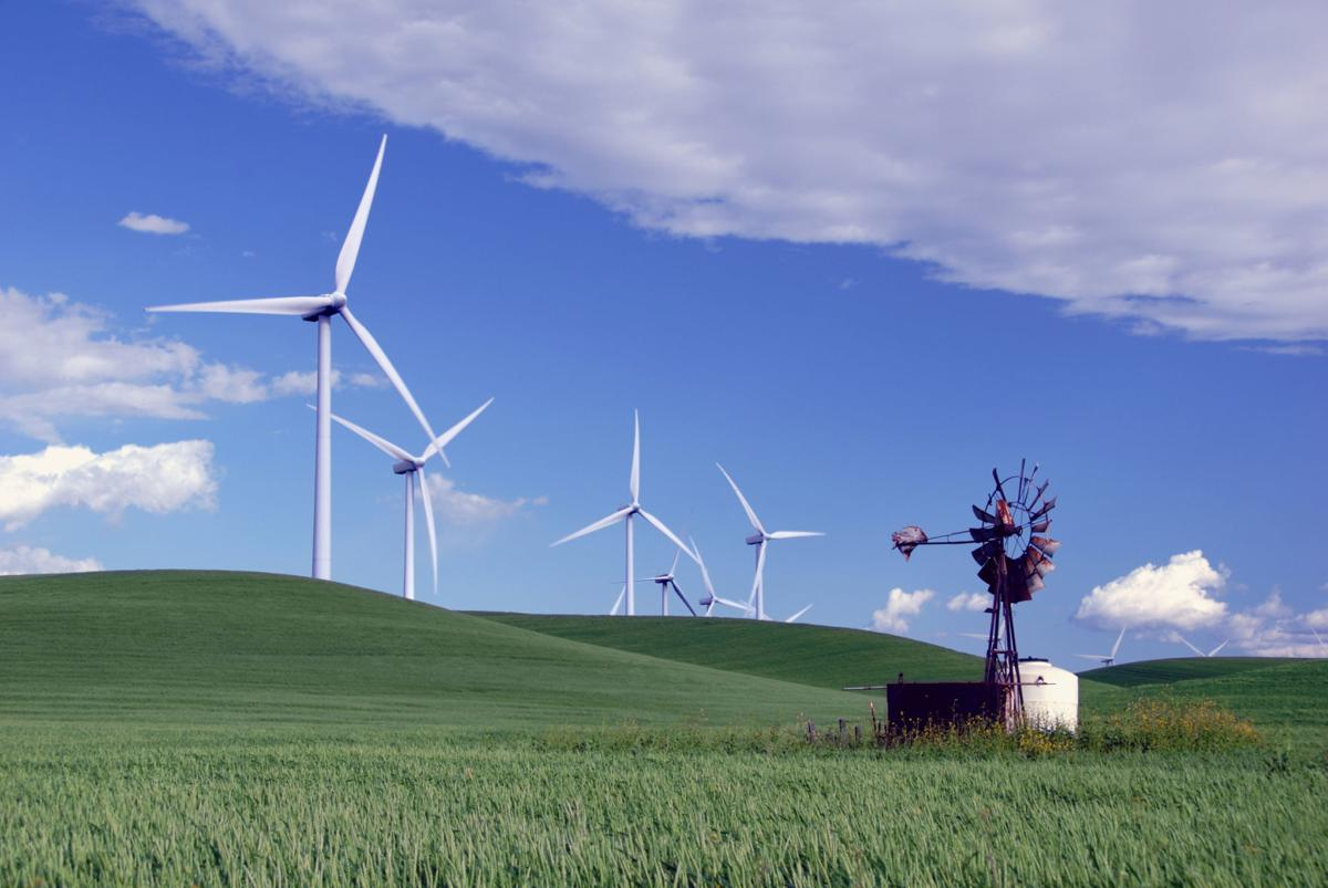 New report: California has five times more clean energy jobs than fossil fuel jobs