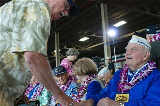 Survivors return to Pearl Harbor 74 years after attack