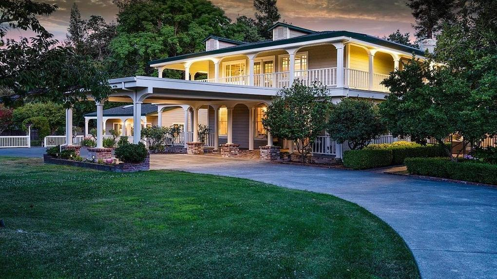 Photos: Napa's most expensive home sold in October.