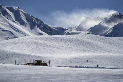 US-NEWS-CALIF-SNOWPACK-LA
