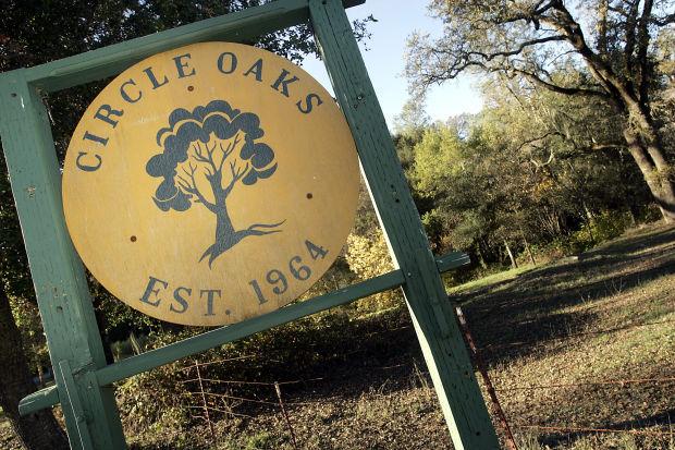 Circle Oaks