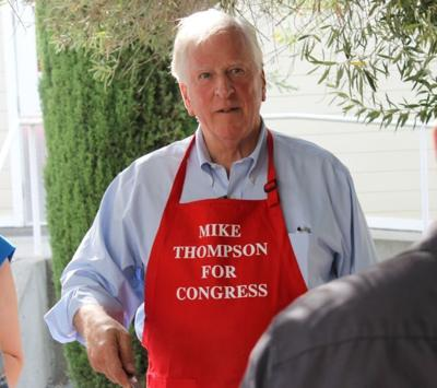 Mike Thompson hosts pasta dinner
