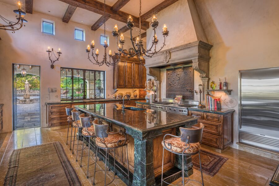 Joe Montana's Knights Valley estate is for sale for $28.9 million.