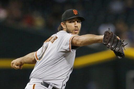 D-backs avoid sweep, top Giants in Bochy's Arizona farewell