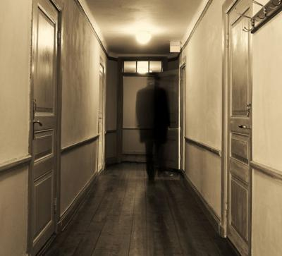 102514-nvr-fea-hauntedhouse01.jpg