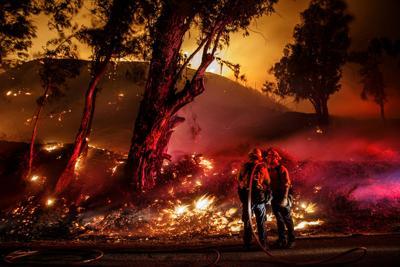 US-NEWS-CORONAVIRUS-CALIF-WILDFIRES-LA