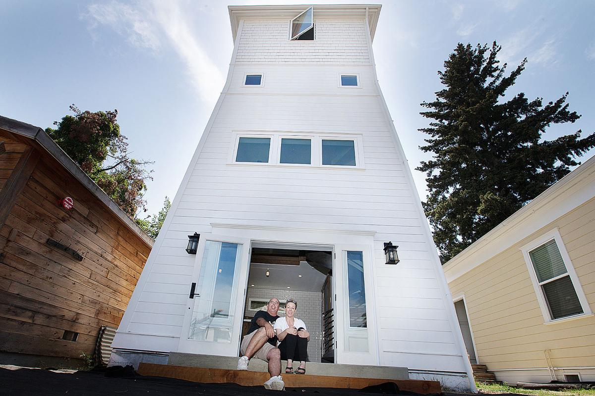Water Tower Home Napa Couple Plans A Vertical Life In A Water Tower Local News
