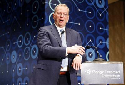 Schmidt resigning as exec chair at Google parent Alphabet
