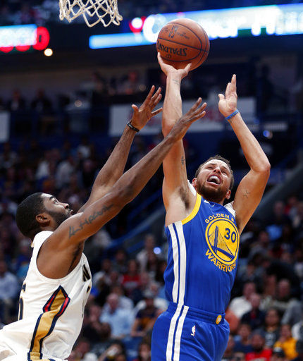 Stephen Curry to miss at least 2 weeks with sprained ankle