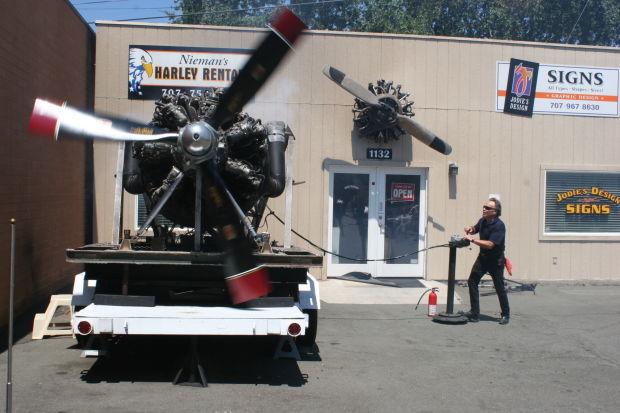 Pratt & Whitney engine runs