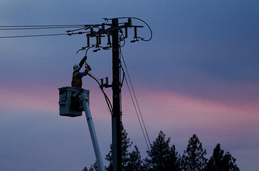 Regulators waive $200M fine on PG&E for causing deadly fires