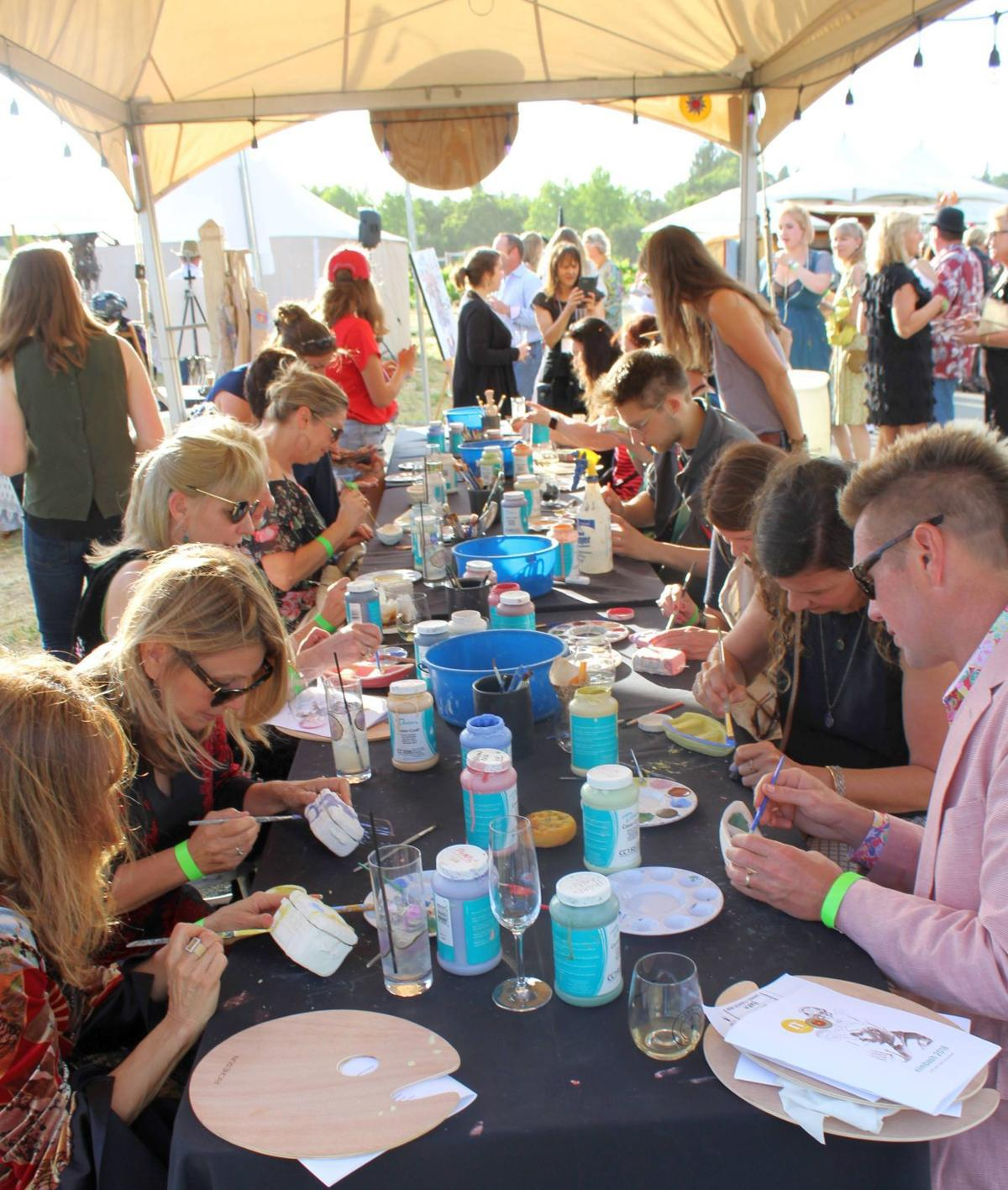 Ceramic painting at NIMBASH 2018 in St. Helena