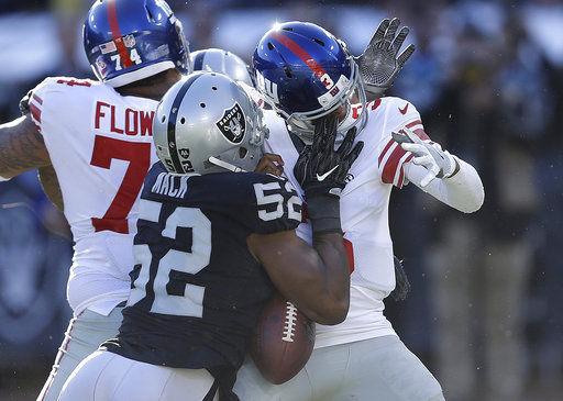 Marshawn Lynch powers Raiders past Giants 24-17