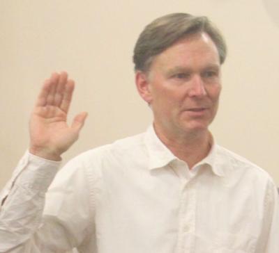 Knudsen sworn in (copy)