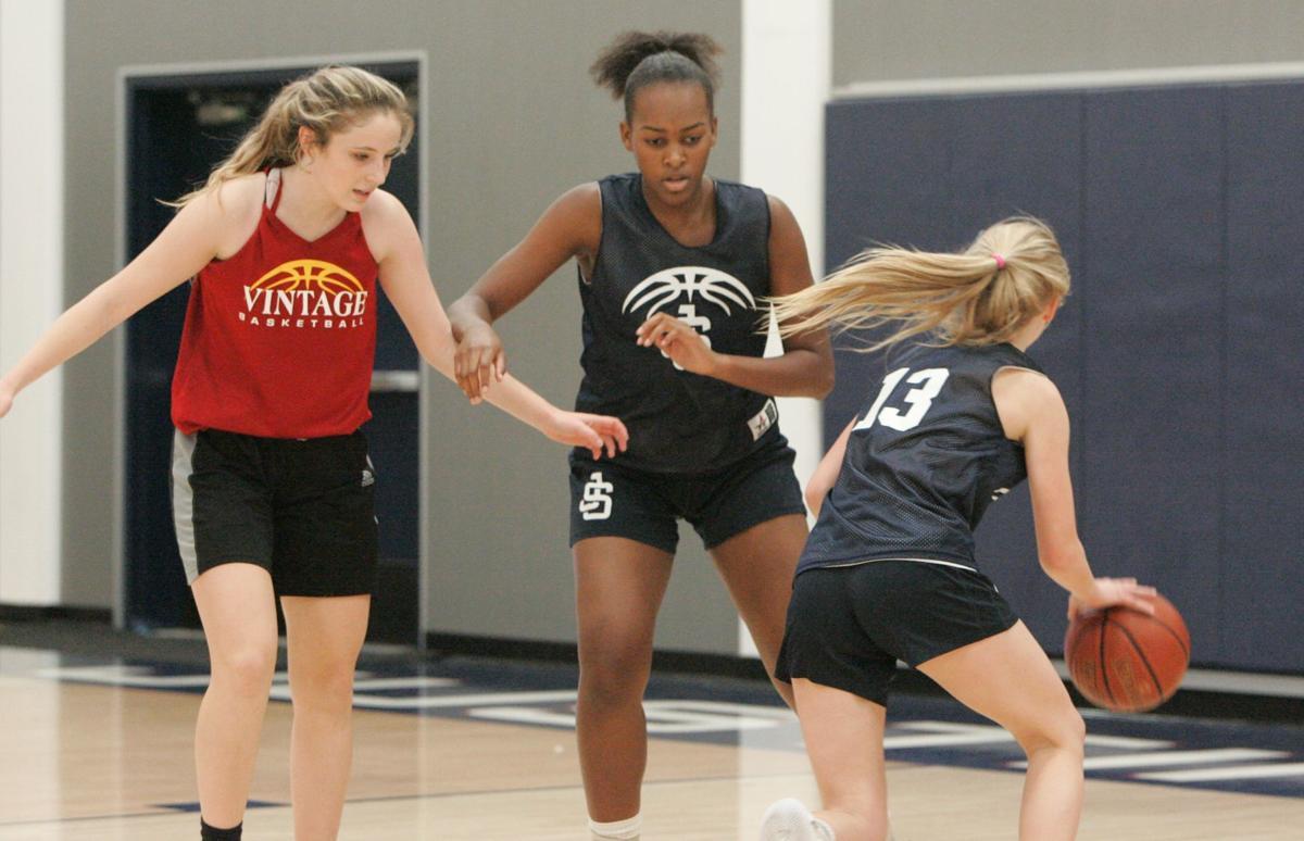 Justin-Siena girls basketball