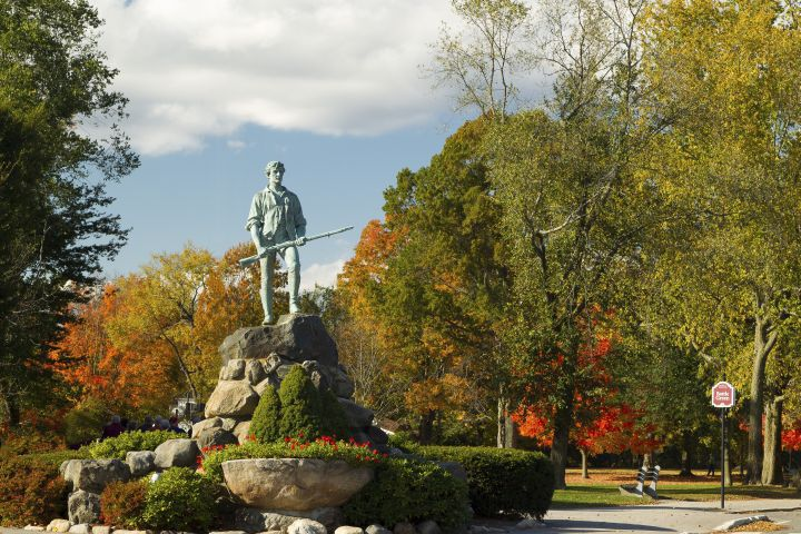 Minuteman Statue & Battle Green