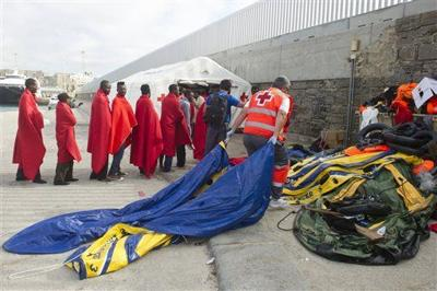 Rubber dinghies, old fishing boats feed Europe migrant rush