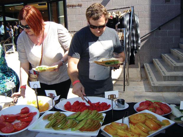 Fans Flock To Tomatoville Food Napavalleyregister Com