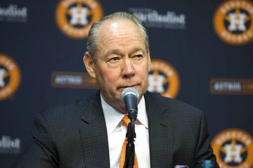 Hinch, GM fired for Astros sign stealing after MLB bans pair